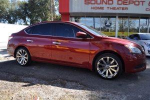 2014 Nissan Sentra Screen and Wheels