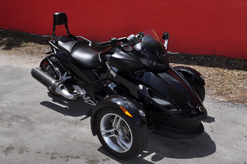 ocala client adds jl audio sound to his 2010 can am spyder. Black Bedroom Furniture Sets. Home Design Ideas