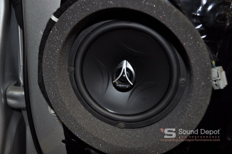 Melrose Client Upgrades Ford F-250 Audio System