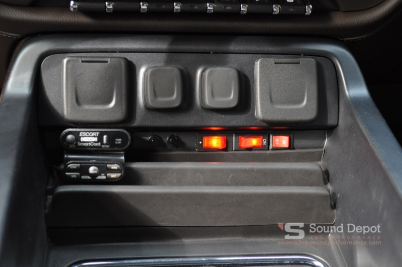 The 9500ci Controls Are Out Of Way But Easily Accessible